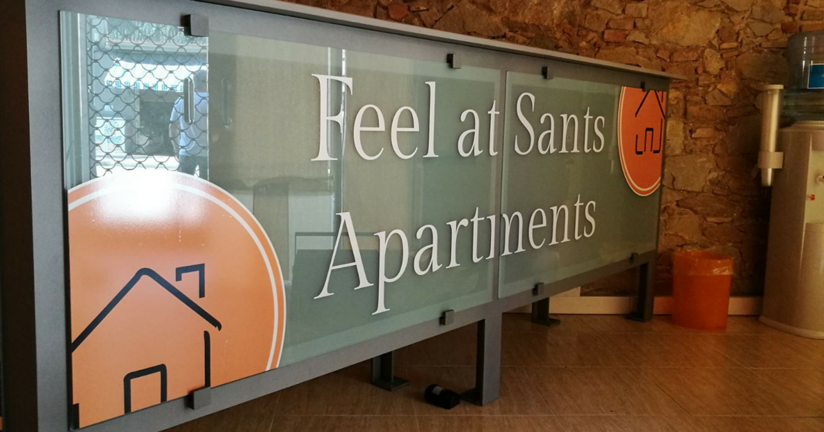 Rotulación en Barcelona: proyecto para Feel at Sants Apartments_Grafiks