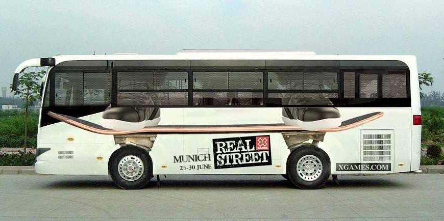 Anuncio creativo autobus para X Games