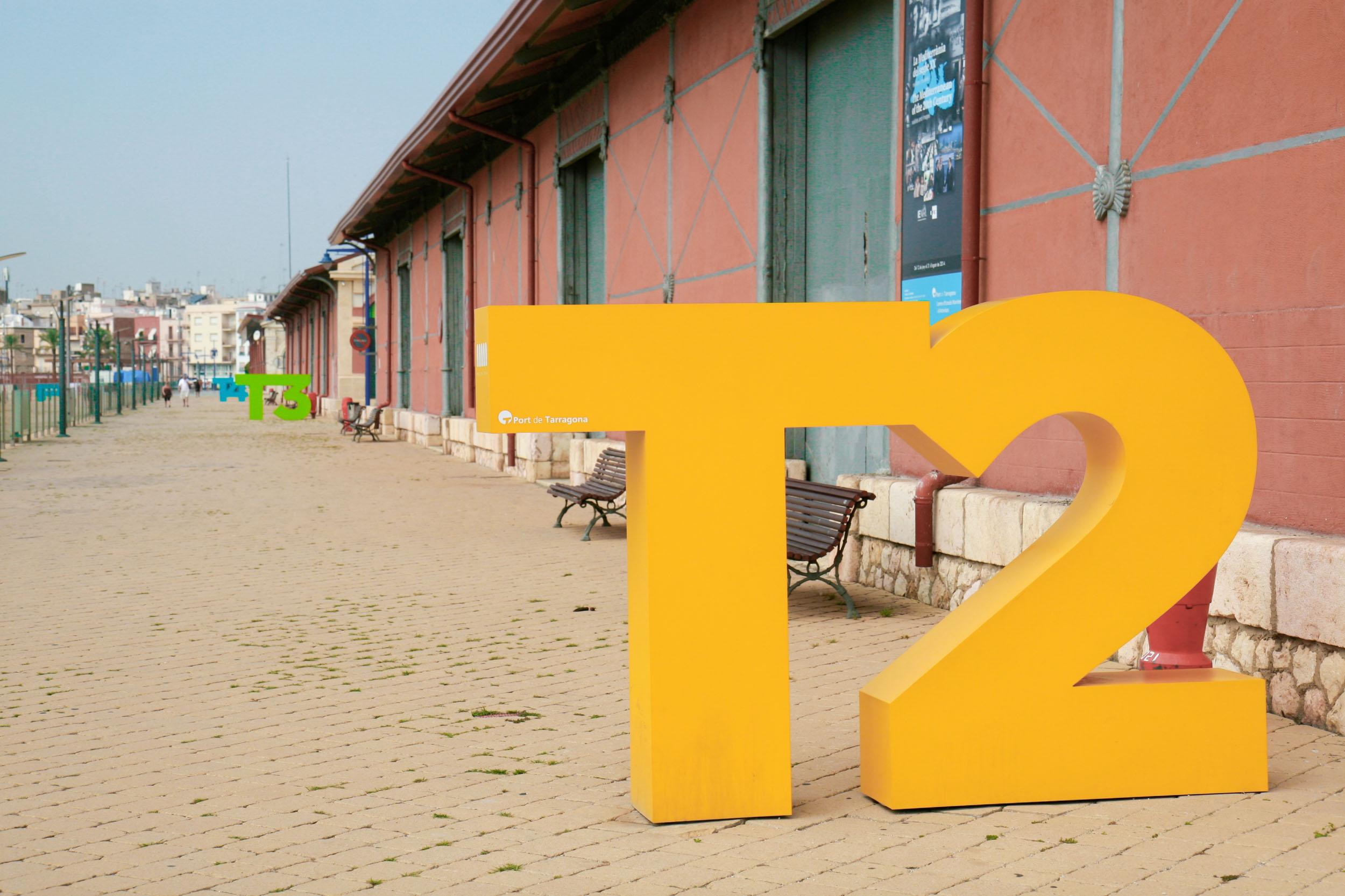 Rotulacion tinglados Puerto Tarragona