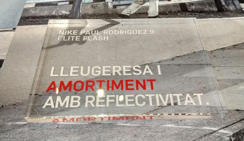 Nike Flash 6 caja de metacrilato