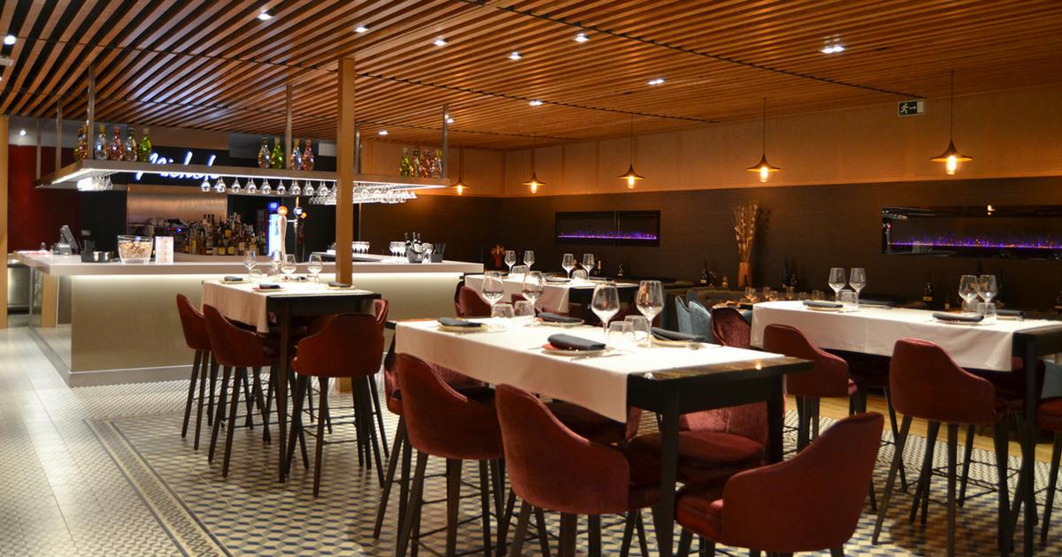 Rotulación del Adrian's de Cornellà, un gran proyecto para un gran restaurante