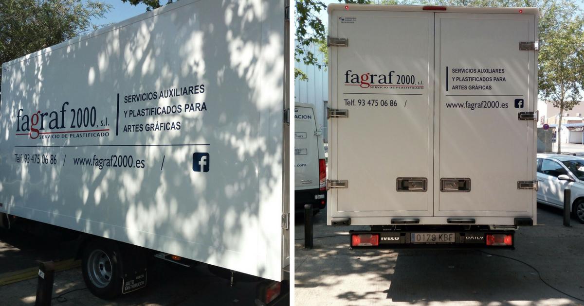 Rotulación de vehículos de empresa, ¡aprovecha el verano, en Grafiks trabajamos!