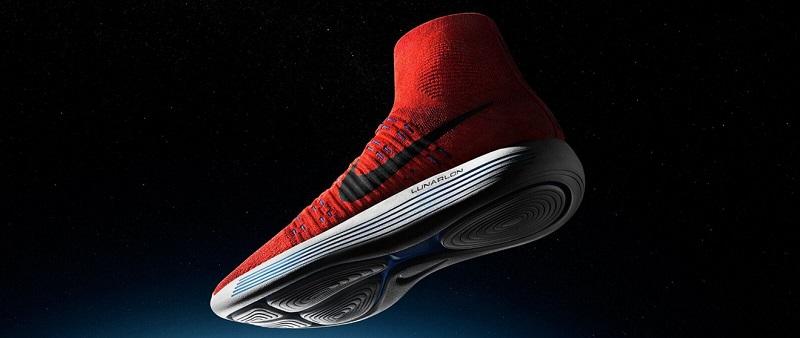 huge selection of 9b108 01322 11 Mar Una Nike gigante para unas zapatillas épicas
