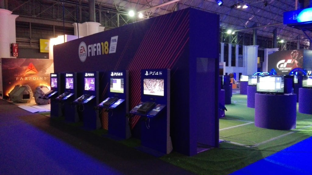 Grafiks y M6 crean el mayor expositor para ferias de Playstation
