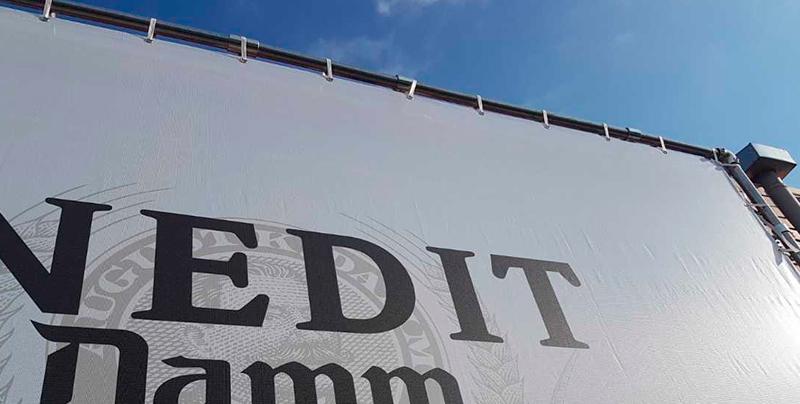 Las claves del diseño de lonas publicitarias llevadas a cabo para nuestro cliente Inedit Damm
