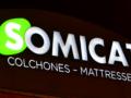 Fabricamos y montamos el rótulo de las instalaciones de Somicat Colchones